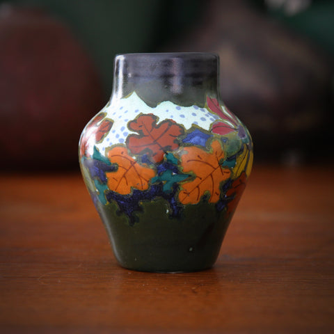 Gouda Dutch Cabinet Vase with Hand-Painted Autumnal Wreath (LEO Design)