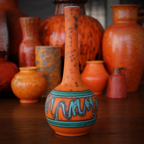 American Modernist Long-Necked Ball Vase with Turquoise & Orange Peel Glaze by Alrun Guest for Royal Haeger (LEO Design)