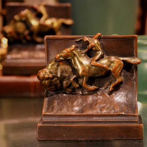 Bronze-Clad Buffalo Hunt Bookends (LEO Design)
