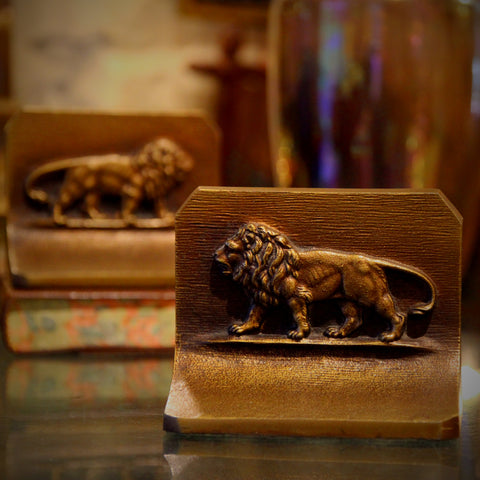 Mirrored Pair of Lions Bookends with Golden Finish (LEO Design)
