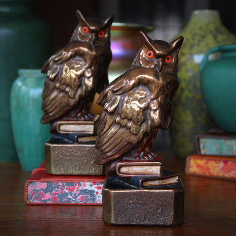 "Bronze-Clad ""Wise Owl"" Bookends with Original Polychrome Painting (LEO Design)"