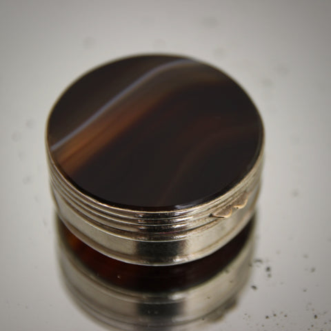 Edwardian Scottish Round Pillbox of Banded Agate in Browns and Creams (LEO Design)