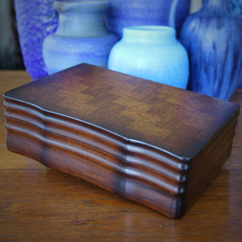 Wooden Jewelry Box with Serpentine Front, Herringbone Parquet Top and Yellowed, Mirrored Interior (LEO Design)