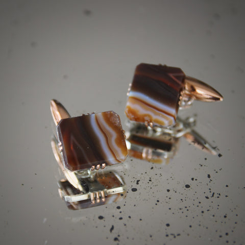 Art Deco Cufflinks with Bevelled Slabs of Banded Agate in Silver Mounts (LEO Design)