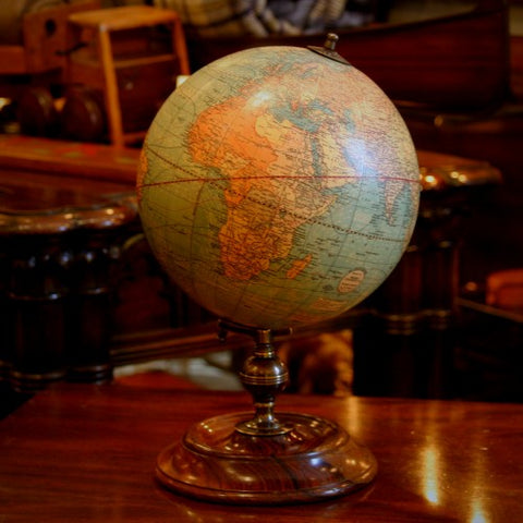 Globe on Turned Wooden Stand (LEO Design)