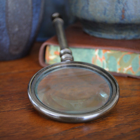 Magnifying Glass with Bronzed Brass Finish (LEO Design)