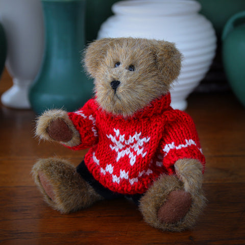 Little Teddy Bear with Red Knitted Ski Sweater and Velour Pants (LEO Design)
