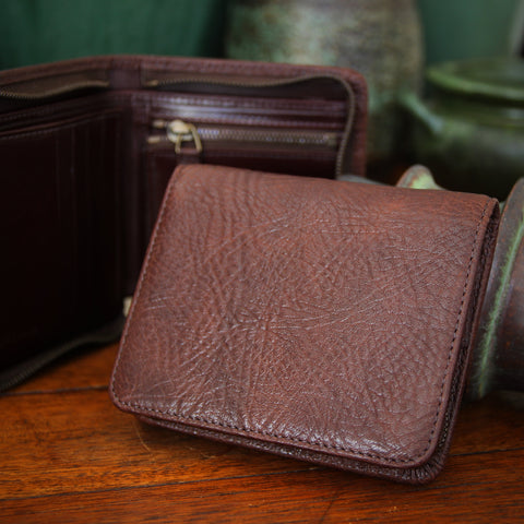 "Bill Amberg English Vegetable-Dyed ""Pebbled"" Leather Zippered Wallet in Chocolate Brown (LEO Design)"