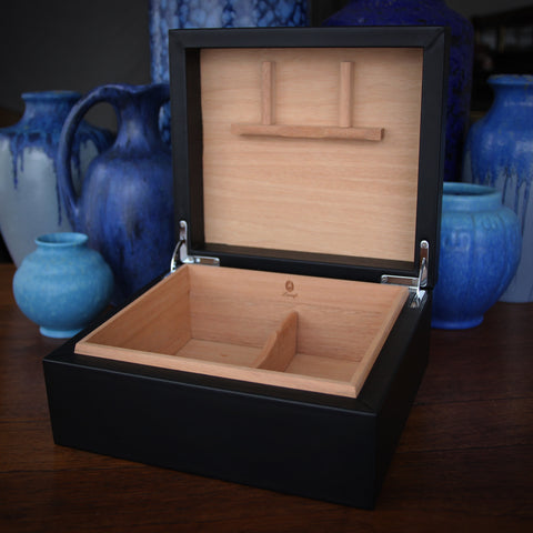 Spanish Black Calfskin Humidor (for 50 to 70 cigars) with Spanish Cedar Lining (LEO Design)