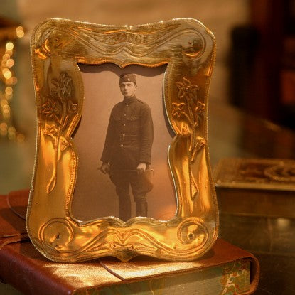 English Arts & Crafts Trench Art Brass Shell Photo Frame (LEO Design)