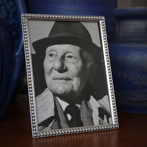 Cast Pewter Photo (5x7) Frame with Pearled Border (LEO Design)