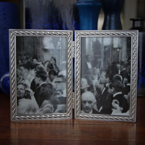 Cast Pewter (4x6) Hinged Double Photo Frame with Rope Design (LEO Design)