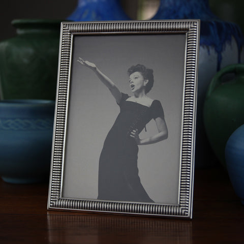 "Cast Pewter Photo (5x7) Frame with ""Heavy Spring"" Profile (LEO Design)"