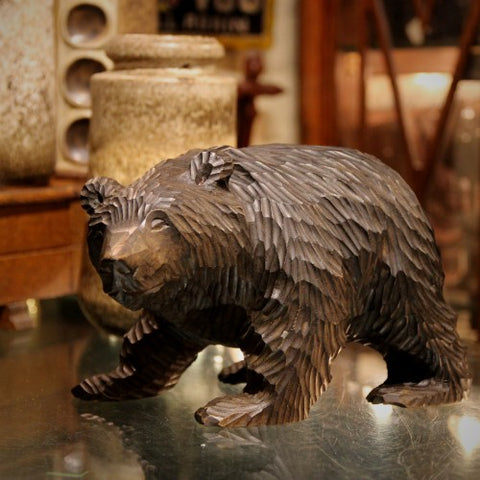 German Black Forest Hand-Carved Wooden Bear (LEO Design)