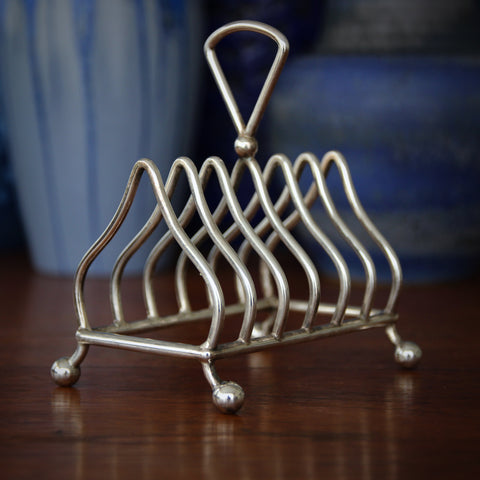 Mappin & Webb Victorian English Silver-Plated Toast Rack (LEO Design)