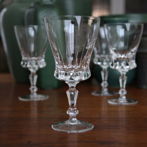 Hand-Cut Crystal Wine Glasses (4) with Balustrade Stems (LEO Design)