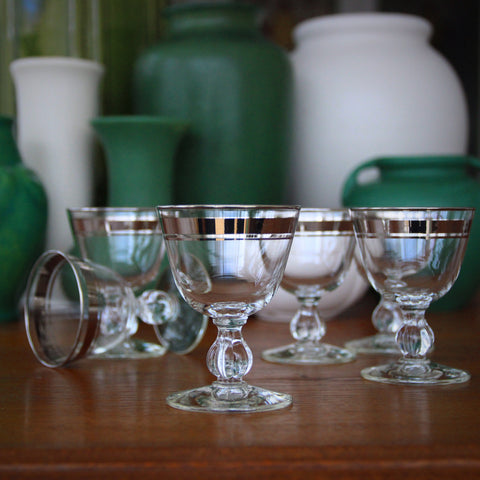 Set of Six Moderne Cocktail Glasses with Pumpkin Stems and Platinum Banding (LEO Design)