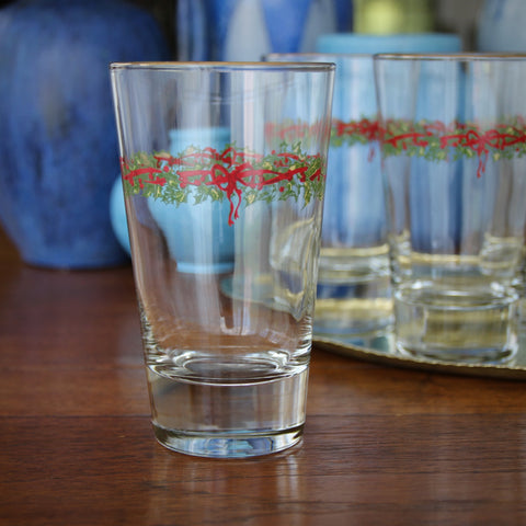 Set of Four Jolly Holiday Tumblers with Holly-Leaf Wreaths and Red Ribbon Embellishment (LEO Design)