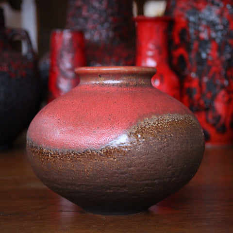 Jasba Heavy Stoneware Pot with Undulating Red and Brown Glazing