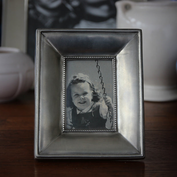 Ogee Pewter Frame (2.5x3.5)