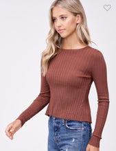 Long Sleeve Crop Top W/ Cut Out Back