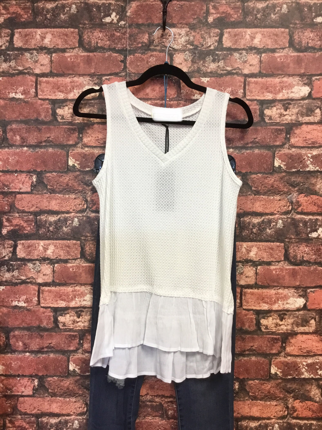 White Sleeveless Waffle Tank With Contrast