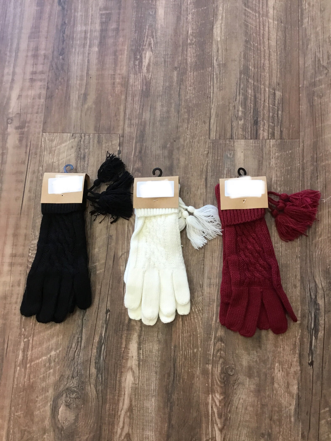 Knit Glove With Tassel