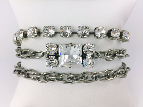 Jewelry for Real Estate Professionals. HOUSE Bracelet from Mesa Jewelry's Real Estate fashion collection featuring Swarovski crystals.