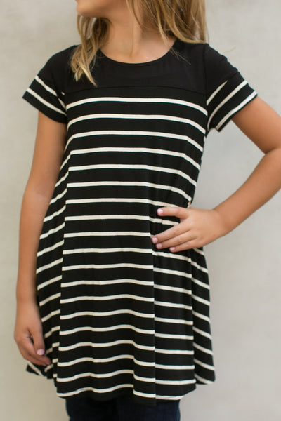 Girls Stripe Knit Pocket Dress