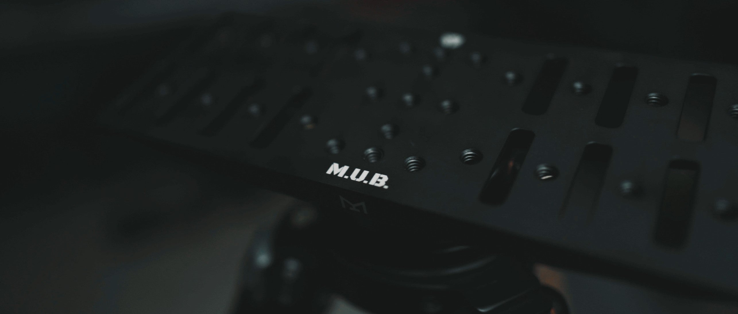 The M.U.B. MOD DOS Tactical Plate
