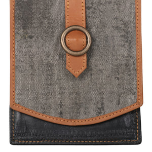 Riley Quest Crossbody