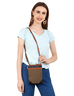 Carter Crossbody