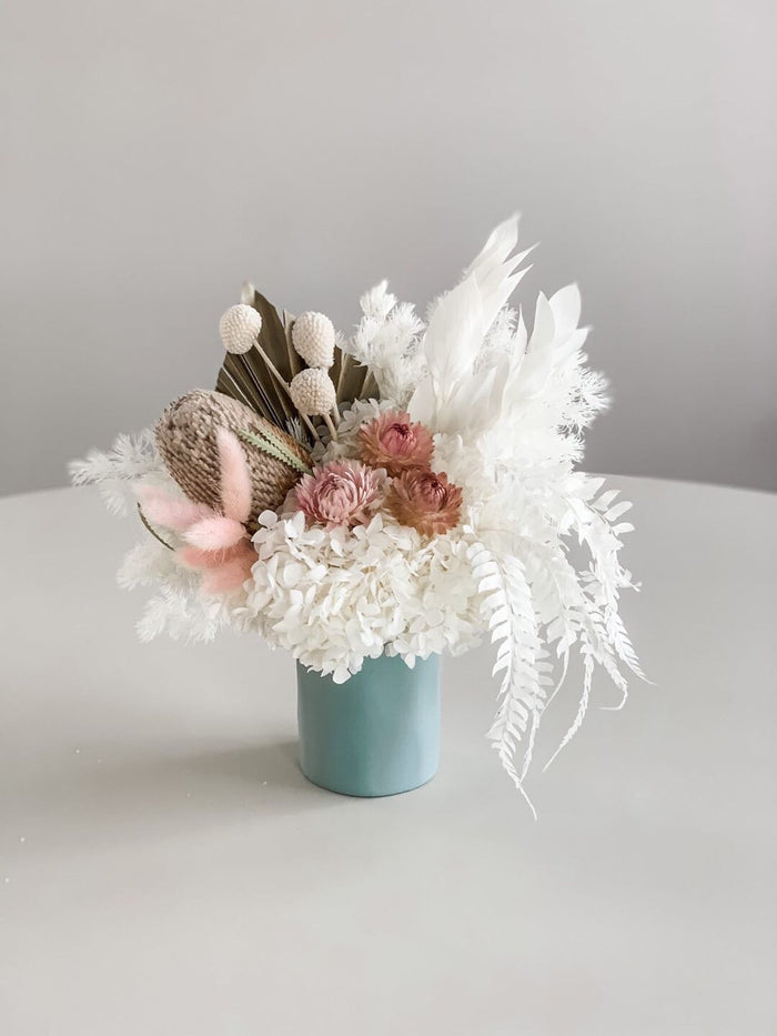 Small Everlasting arrangement with cloud vase
