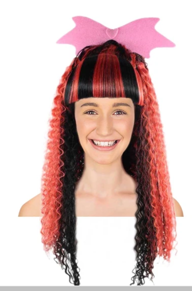 A girl wearing Monster High Electrified Draculaura Wig