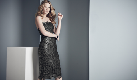 An elegant black tie party costume for women