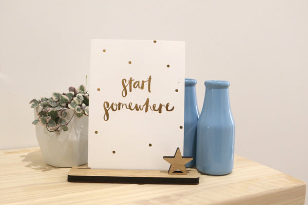 Small Photo Stand - Lil Sunshine Collections
