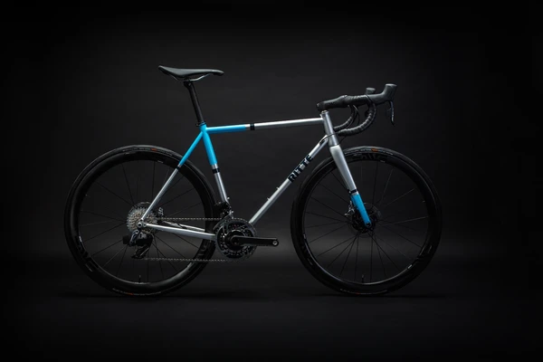 Ritte The Phantom Bike with Shimano Ultegra