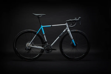 Ritte The Phantom Bike with SRAM Force - SpinWarriors