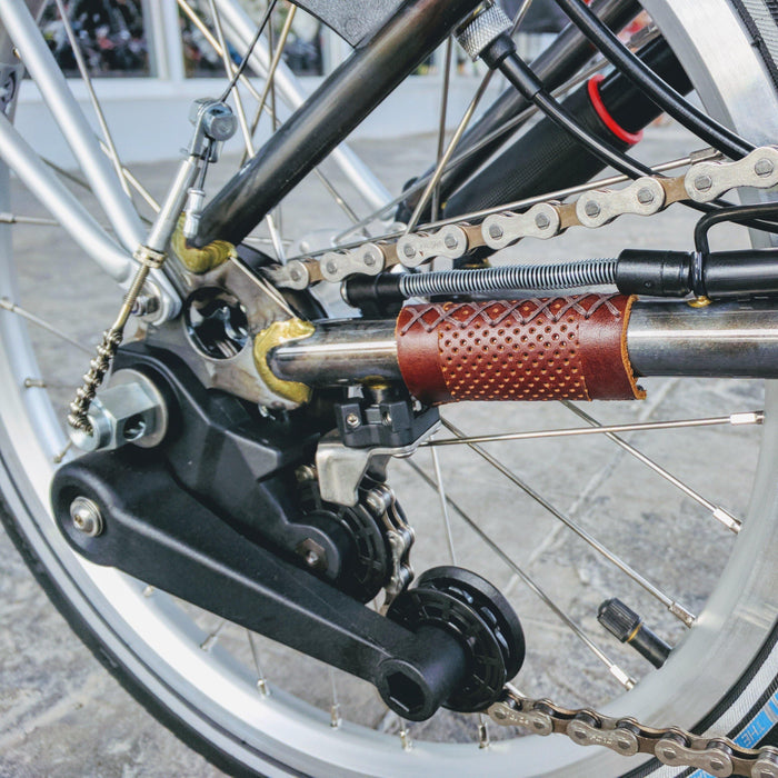 Erdeeni Brompton Hook Guard - Brown