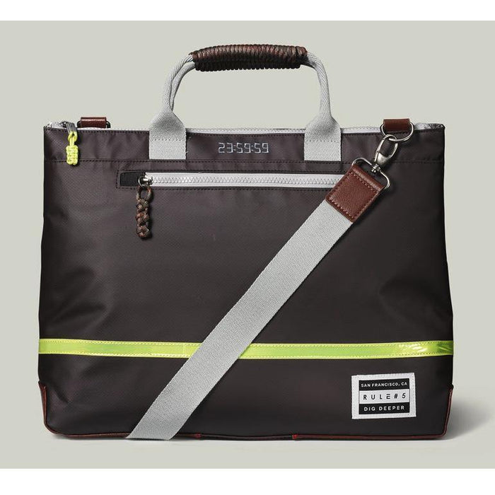 Rule #5 Run Messenger Bag