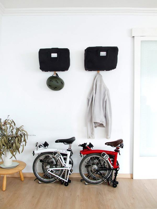 Amor de Madre BromHome Wall Hanger - Silver Matte