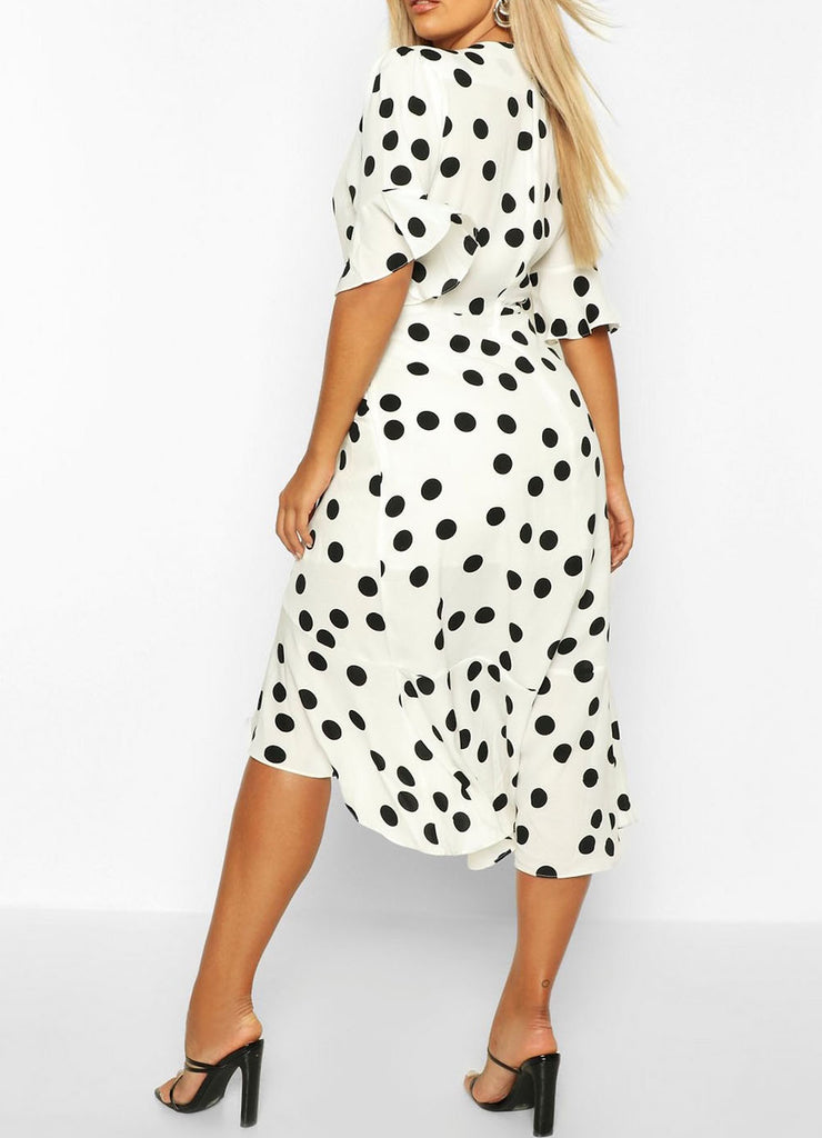 Polka Dot Ruffle Dress Size: 14