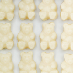 WHITE STRAWBERRY BANANA GUMMY BEARS - Candy Fix
