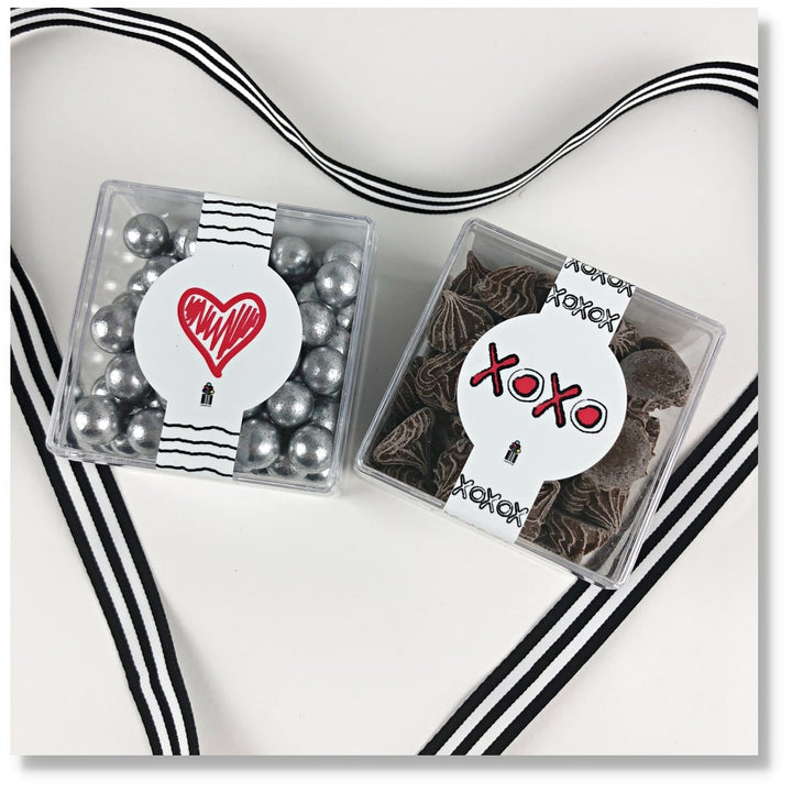 XOXO SWEET CANDY GIFT BOX CANDY CUBES
