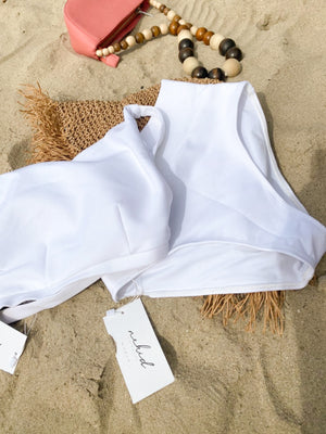 Bikinis:/'Nekid/ Swimwear:Willow Top (Blanc):WKND threads