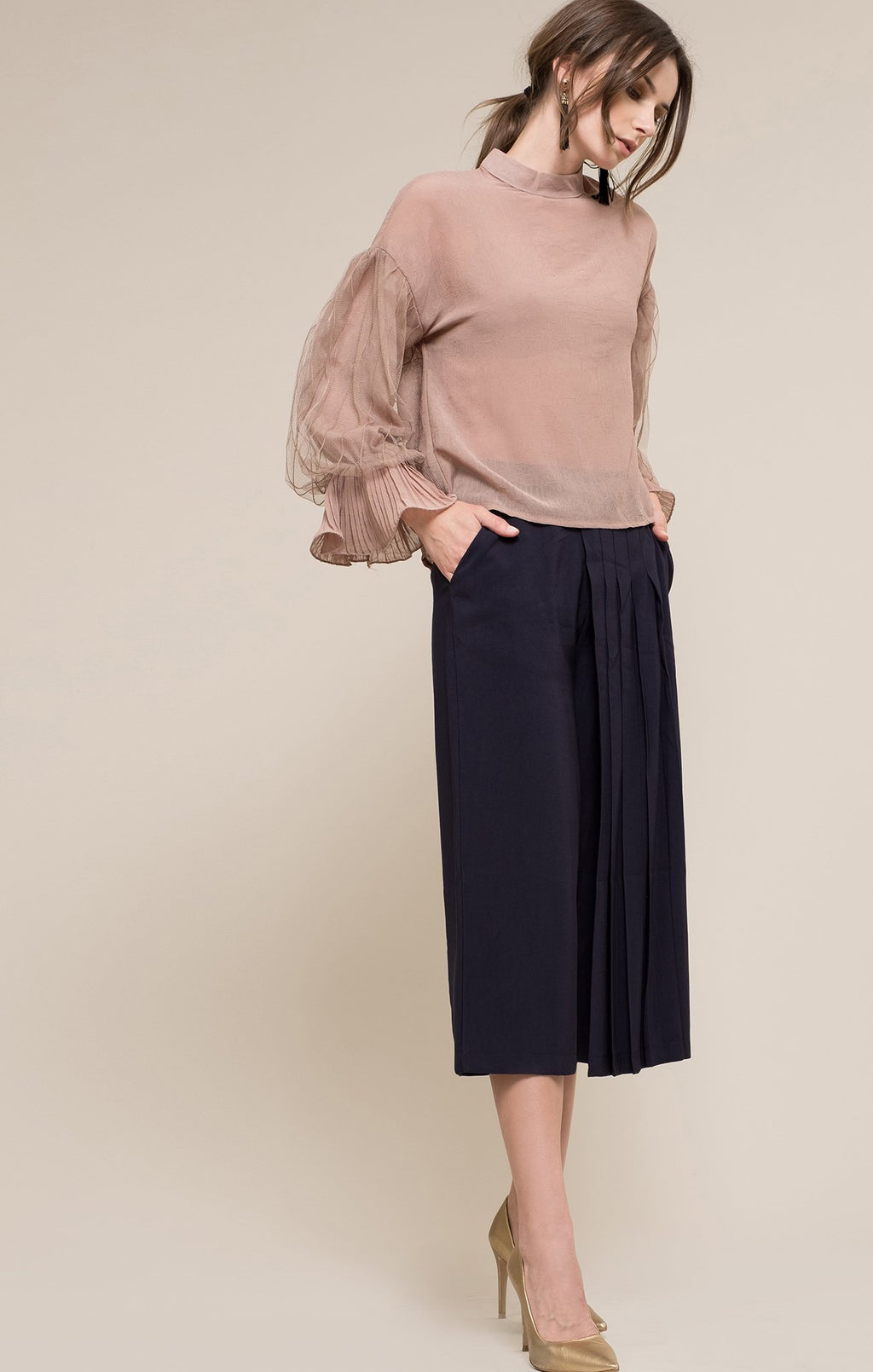 Moon River:Women - Apparel - Shirts - Blouses:Marize Puff Sleeve Top:XS