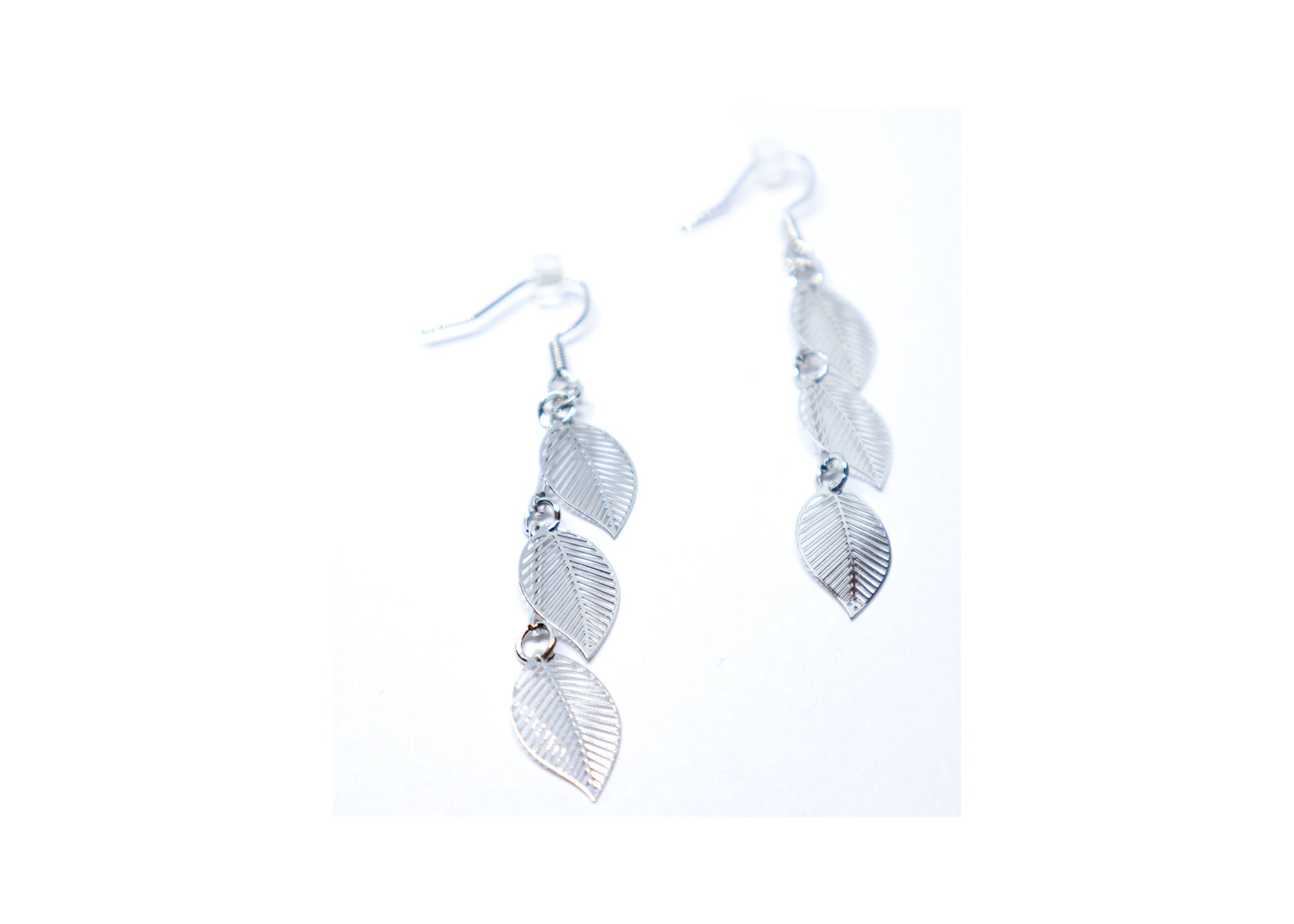Leafs Droop Earrings
