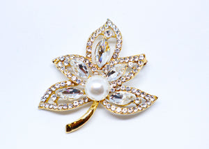 Pearl and stud leafs brosh