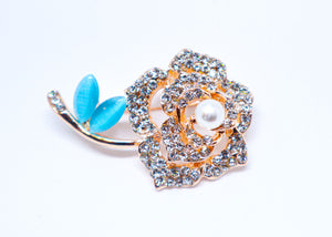 Flower Stud  brosh with blue leafs