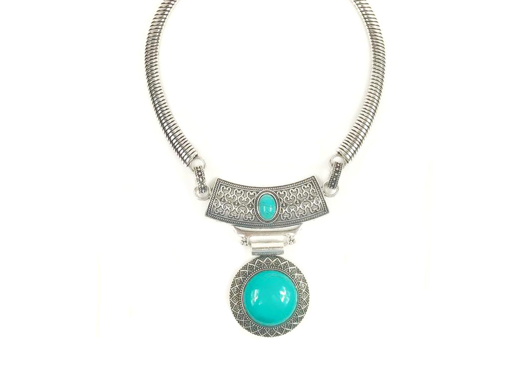 Circle Shaped metal necklace with blue stone